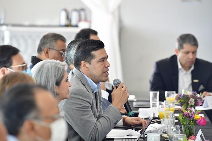 Participa Leo Montañez en su primer mesa ciudadana de seguridad