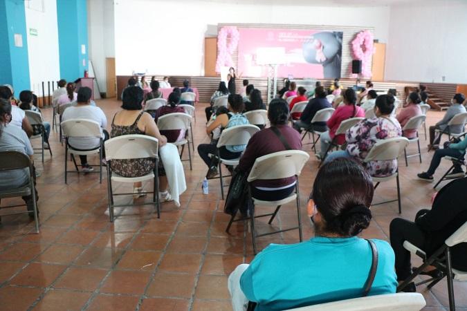 Crean conciencia sobre la prevención del cáncer de mama en Jesús María