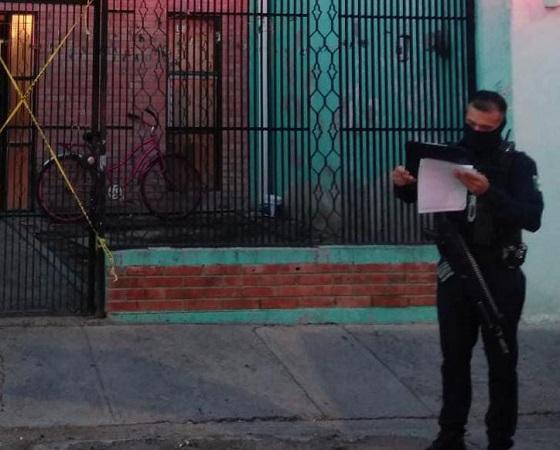 Atienden suicidio de adolescentes de 17 años en San Francisco de los Romo