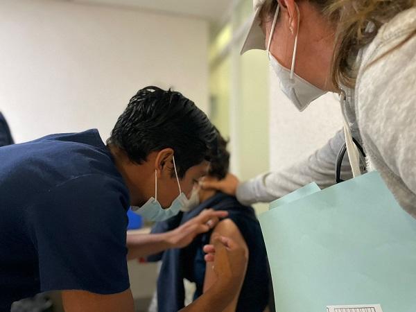 Se vacunaron 4 mil 620 adolescentes con comorbilidades en Aguascalientes