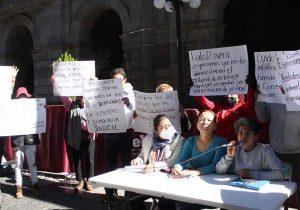 VIDEOS. Sindicalizados municipales protestan ante entrega de bases a cercanos de Claudia Rivera