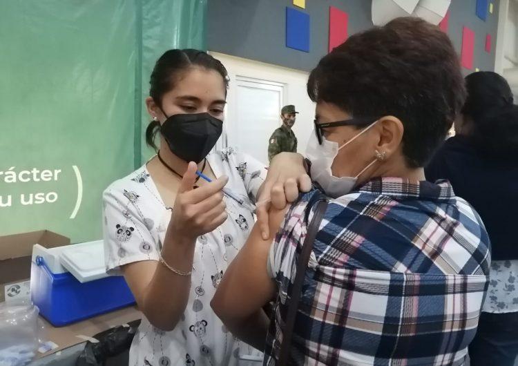 Pide diputada local nueva jornada de vacunación para adultos rezagados