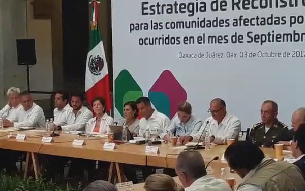 "Murat da a conocer la tarjeta ""Oaxaca nos necesita"""