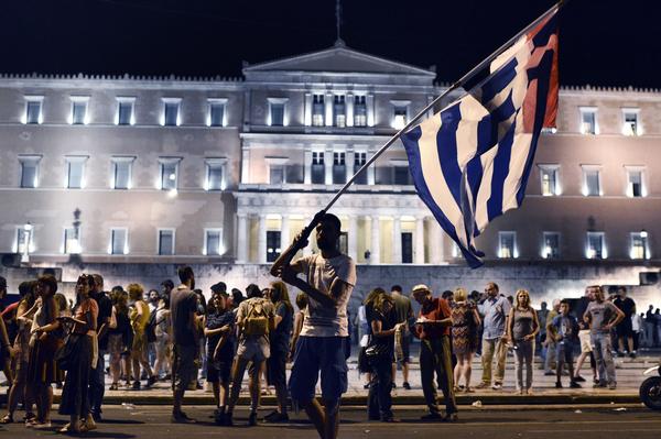 En Grecia laboran casi el doble de horas que en Alemania: OCDE