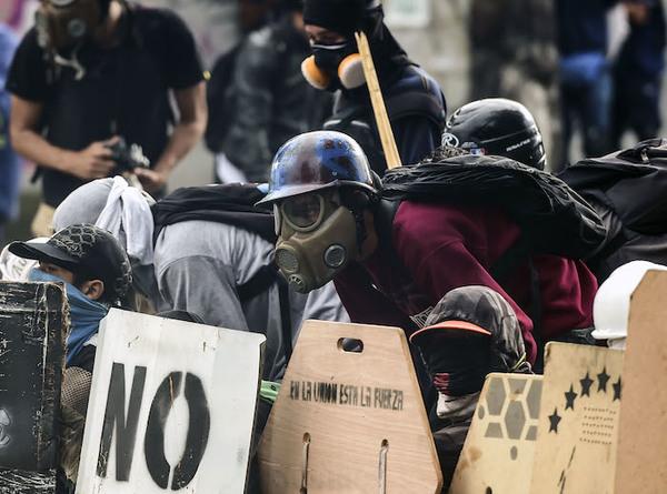 México pide precaución a sus ciudadanos que viajan a Venezuela