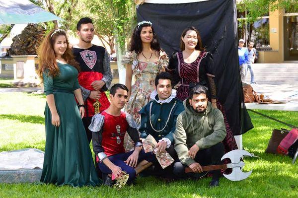 Realizan Feria Medieval en la Facultad de Filosofía y Letras