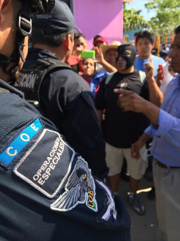 Violencia marca jornada electoral en Tlapa