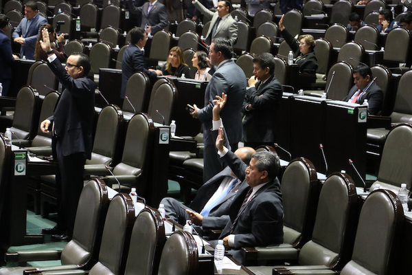 Diputados aprueban en lo general la Ley de Ingresos