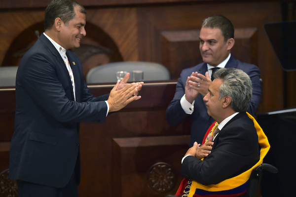Moreno acusa a Correa de espionaje a través de cámara oculta