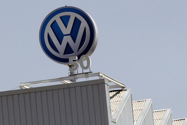 Descarta STPS escenario de huelga en VW