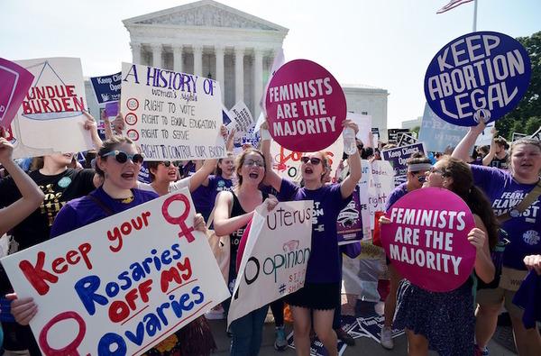 Carolina del Sur elimina fondos para clínicas de aborto