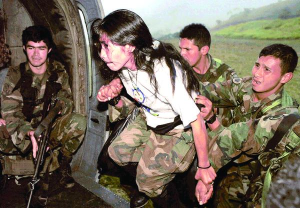 La niña soldado que sobrevivió a la guerrilla