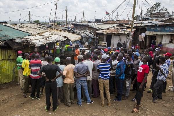 Barrios pobres en África, especialmente vulnerables al calentamiento global