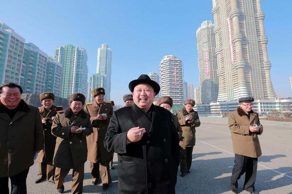 Kim Jong Un era un adolescente fumador y furioso
