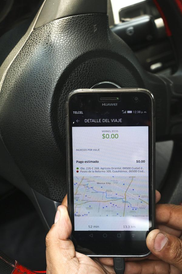 Puebla busca regular Uber y Cabify tras asesinato de jóvenes