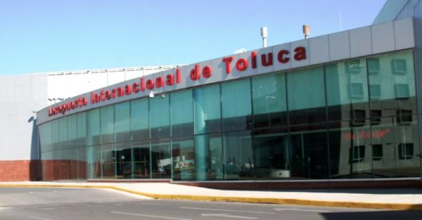 Decomisan títulos de crédito por 450 mdd en aeropuerto de Toluca