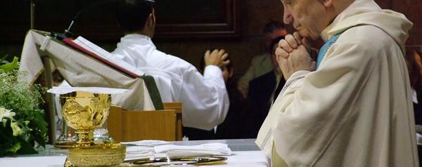 Van 3 denuncias contra párrocos