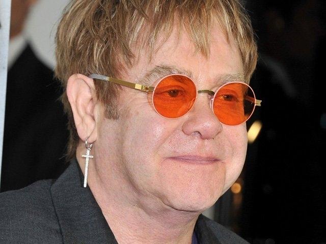 Elton John afirma que su héroe es el Papa Francisco