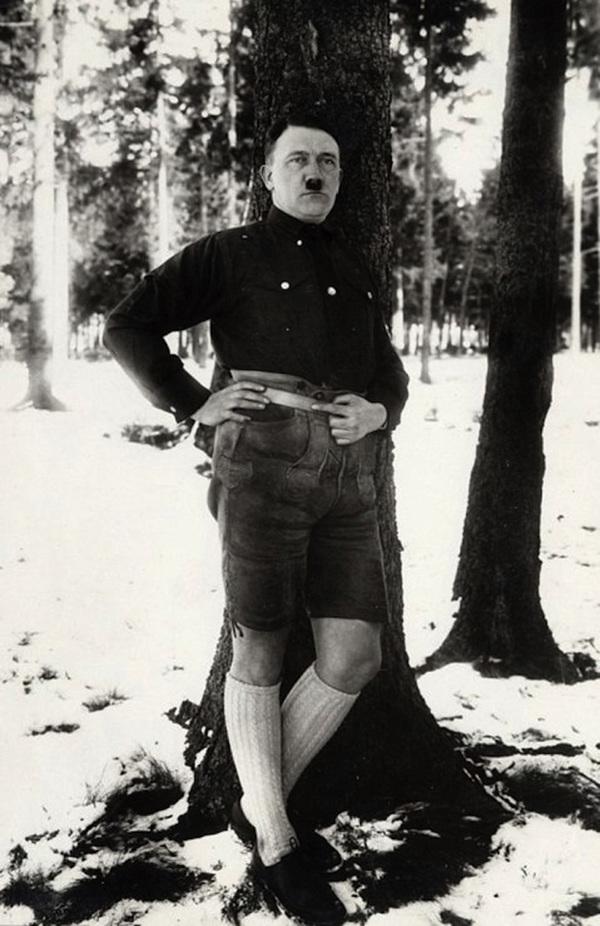 Las fotos que Twitter no perdonó a Hitler