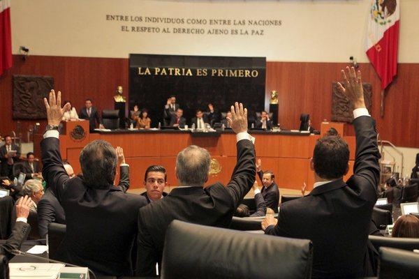 Diputados avalan Ley de Transparencia; EPN debe promulgarla