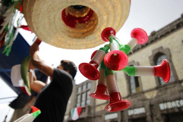 Suspende Profeco a cuatro negocios en operativo de fiestas patrias