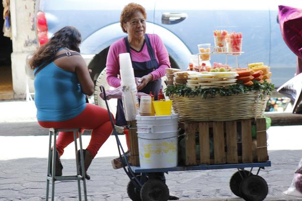 Cierran 350 comercios en centro histórico por ambulantaje