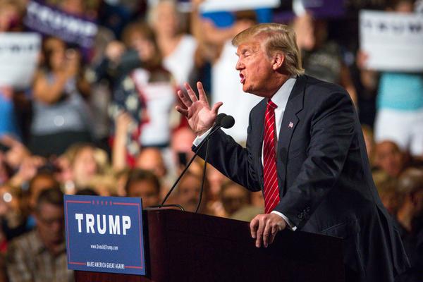 Incrementa fortuna de Trump pese a postura antiinmigrante