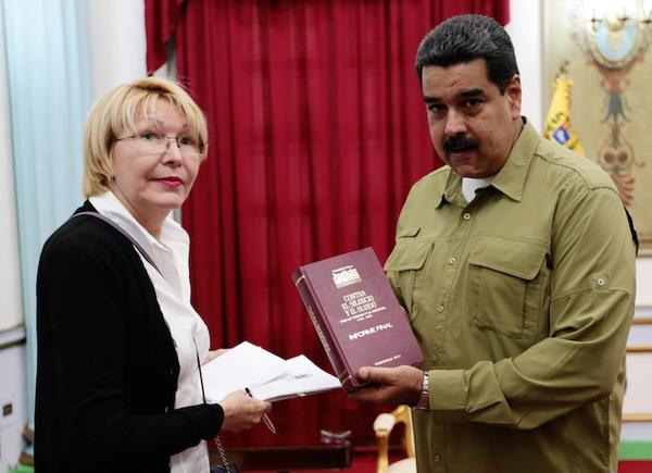 """En Venezuela hay """"terrorismo de Estado"""", afirma Fiscal"""