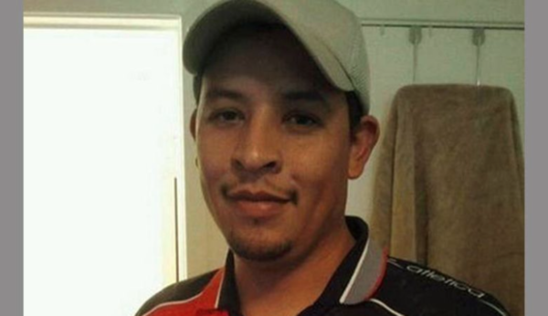 Texas exonera a policía que mató a mexicano desarmado