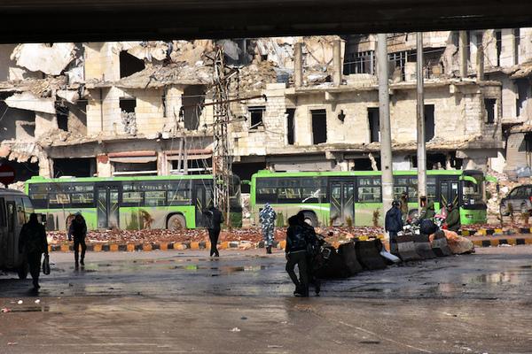 """La caída de Alepo, o la victoria de la """"fuerza bruta"""""""