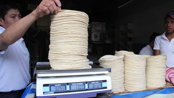 Kilo de tortilla incrementa $2 en Hidalgo