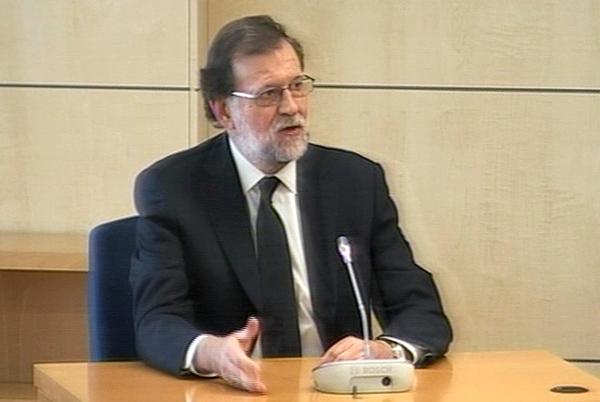 El presidente de España comparece por trama de corrupción