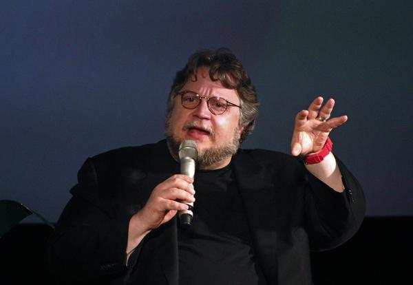 """Del Toro """"embiste"""" contra gobierno de México"""