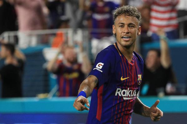 Los 10 traspasos más importantes en la historia del futbol