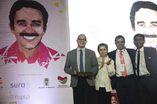 """Dan Premio Gabriel García Márquez al reportaje """"La casa blanca de EPN"""""""