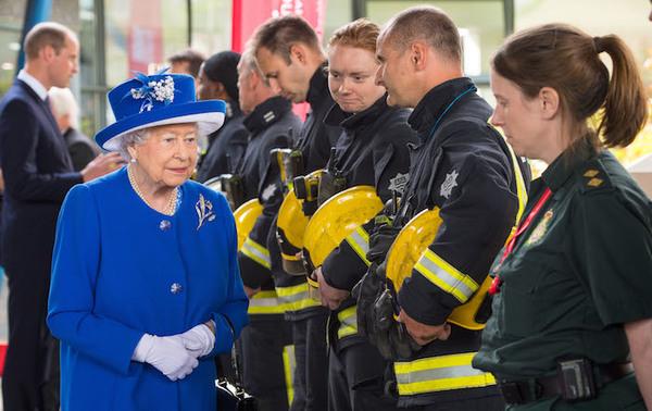 Se elevan a 30 los muertos en incendio de Londres