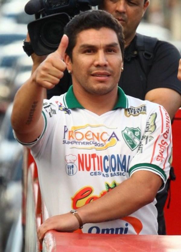 Llevarán al cine la vida del ex futbolista Salvador Cabañas
