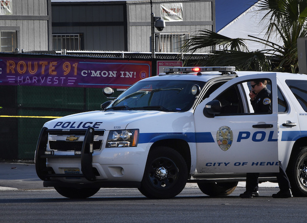 Muertes a manos de policías en EE.UU. no se documentan correctamente