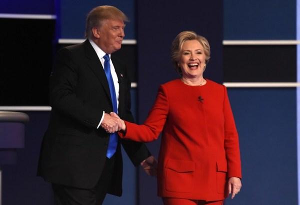 """México, migración y TLCAN, acaparan """"primer round"""" Clinton-Trump"""