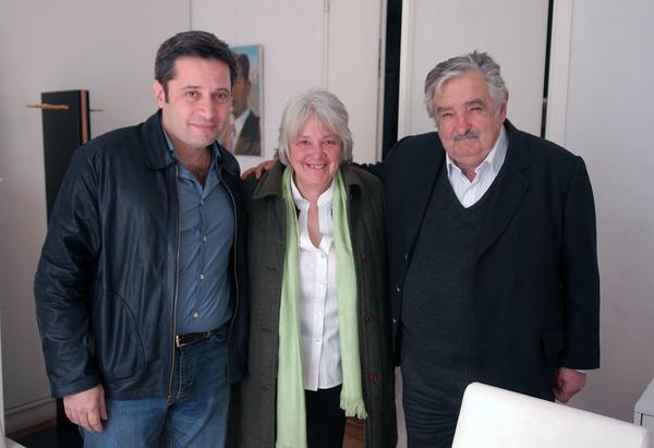 José Mujica y su esposa renunciarán al senado de Uruguay