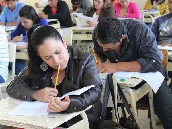 De 98 por ciento asistencia de maestros de Hidalgo a evaluación
