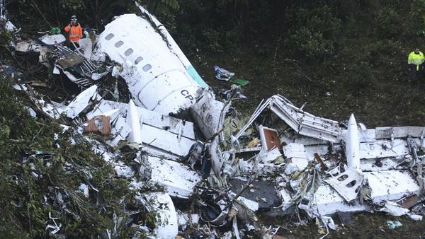 Sin combustible, avión donde viajó el Chapecoense: Autoridades