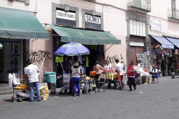 Avala Canaco retiro de los primeros 600 ambulantes