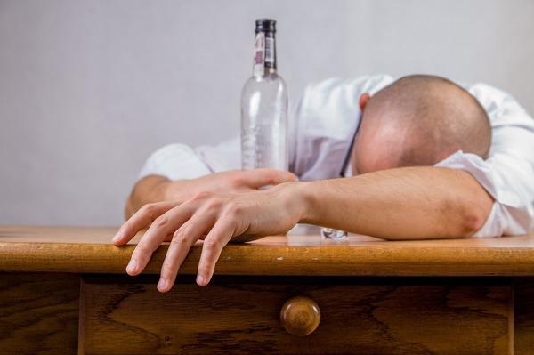 Aguascalientes, en el top 10 en consumo de alcohol y cigarro