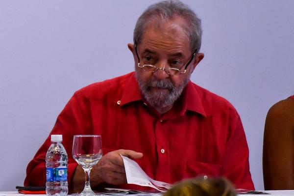 Odebrecht confirma pago de 4 millones de dólares a Lula da Silva