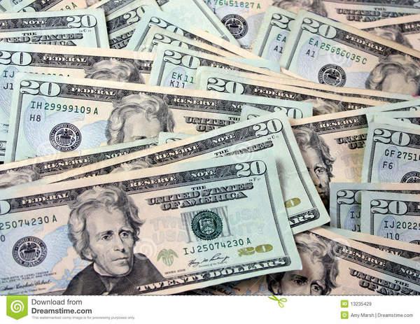 Dólar se vende hasta en $18.90 y Banxico recurre a subasta de emergencia