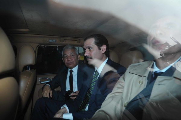 Dictan formal prisión a Guillermo Padrés y su hijo por blanqueo