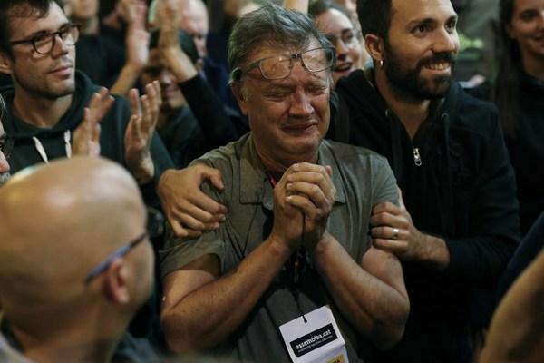 """Gobierno de Cataluña afirma que triunfó el """"sí"""" a la independencia"""