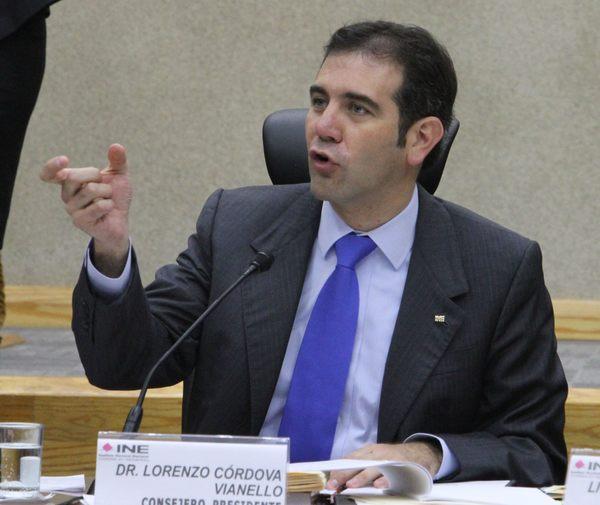 """Ni modo, las elecciones son caras"": Lorenzo Córdova"