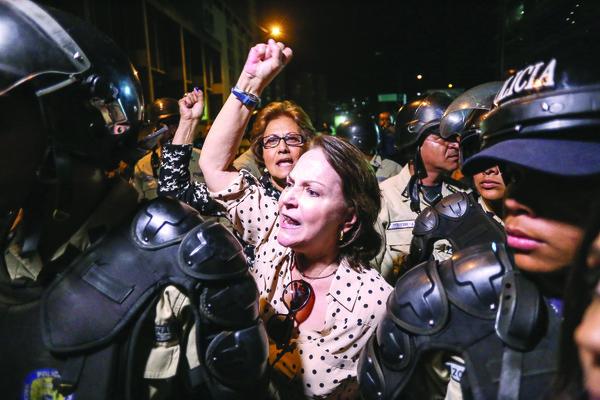 Contra la detención de Ledezma